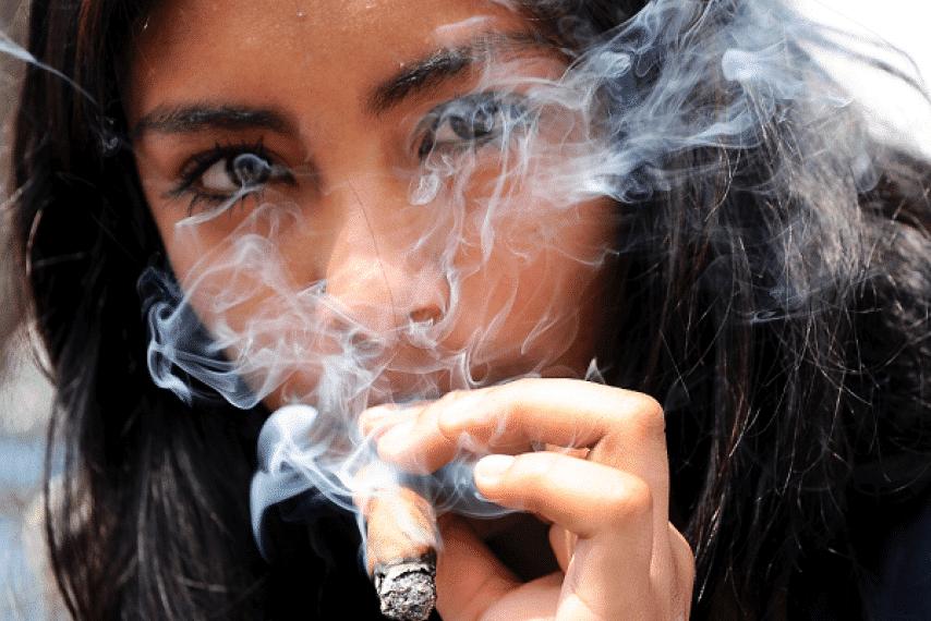 Study Shows Females May Get Higher Than Males When Smoking Marijuana