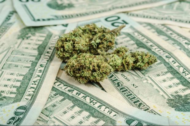 Illinois Marijuana Sales Held Steady Last Month