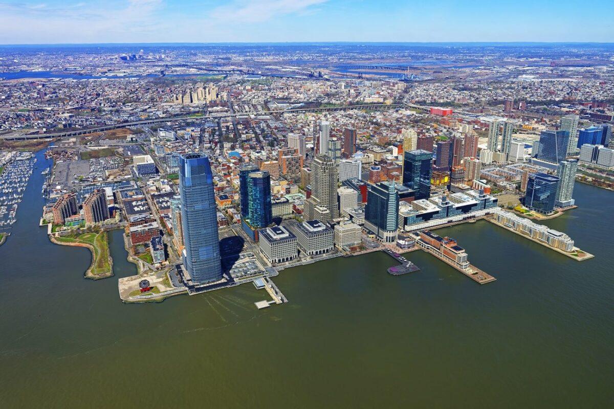 New Jersey Finally Gives Green Light to Recreational Marijuana