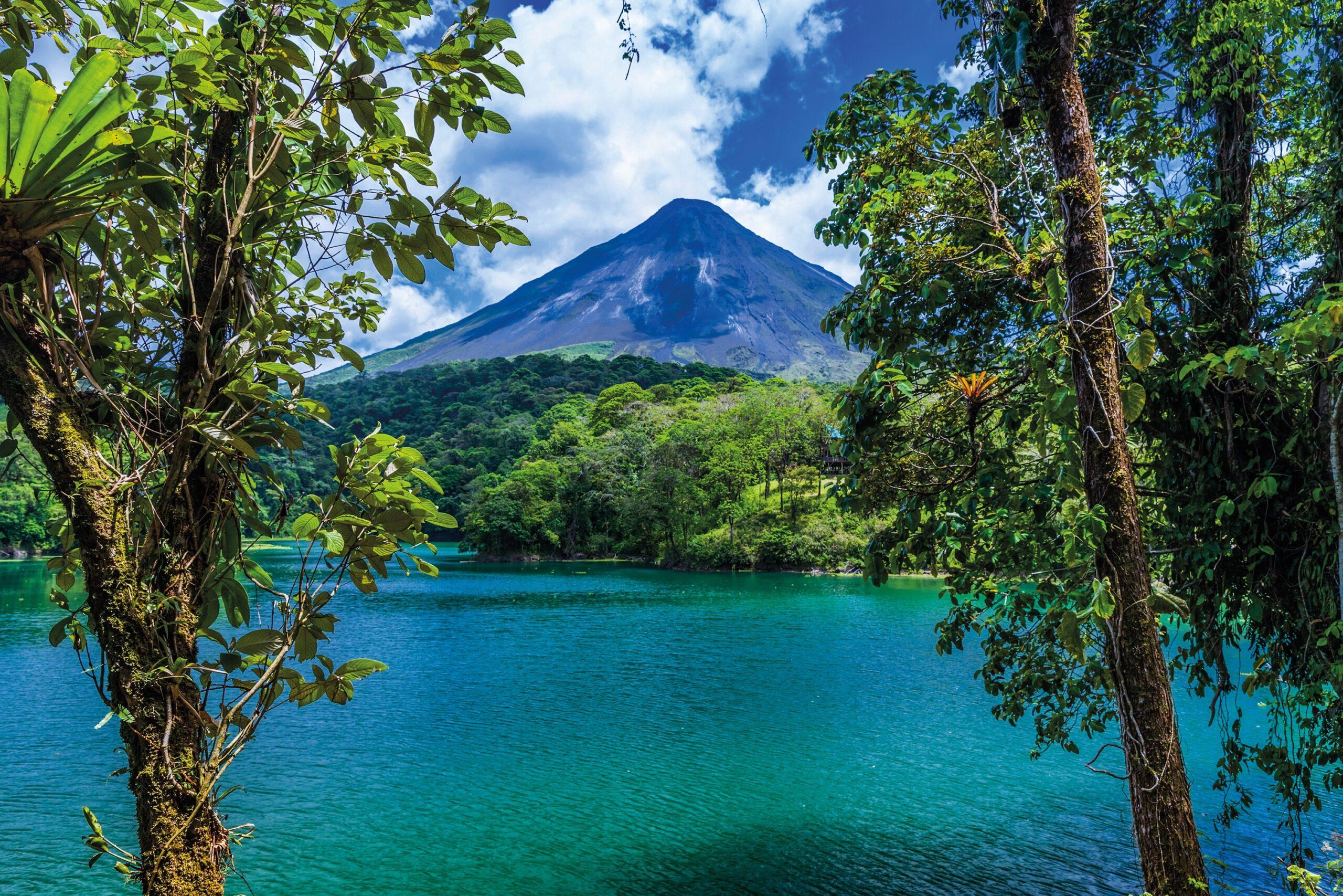 Costa Rica Makes Big Move with Congress Approving Legislation of Medicinal Marijuana